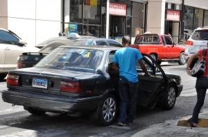 Usuarios del transporte consideran que los pasajes deben bajar porque los combustibles están más baratos.