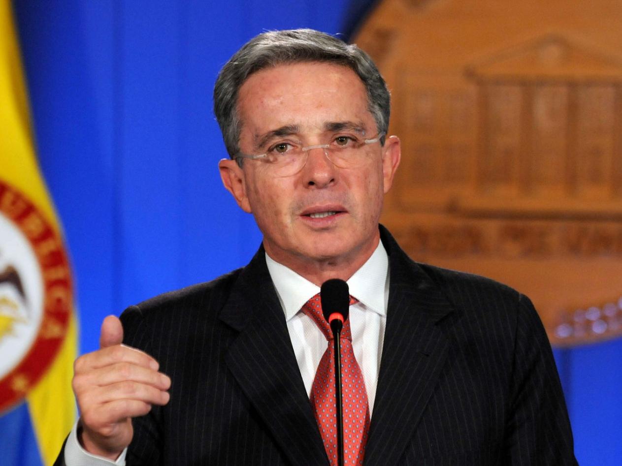 Ex-presidente colombiano Alvaro Uribe