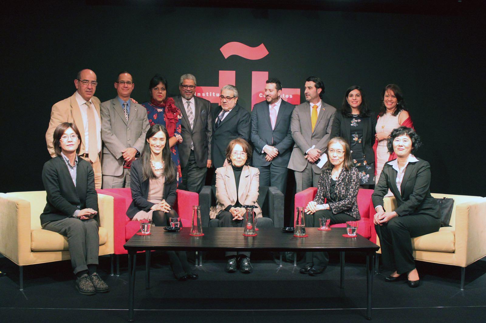 El embajador dominicano en Japón, Héctor Domínguez, encabezó a los diplomáticos que colaboraron con la actividad.