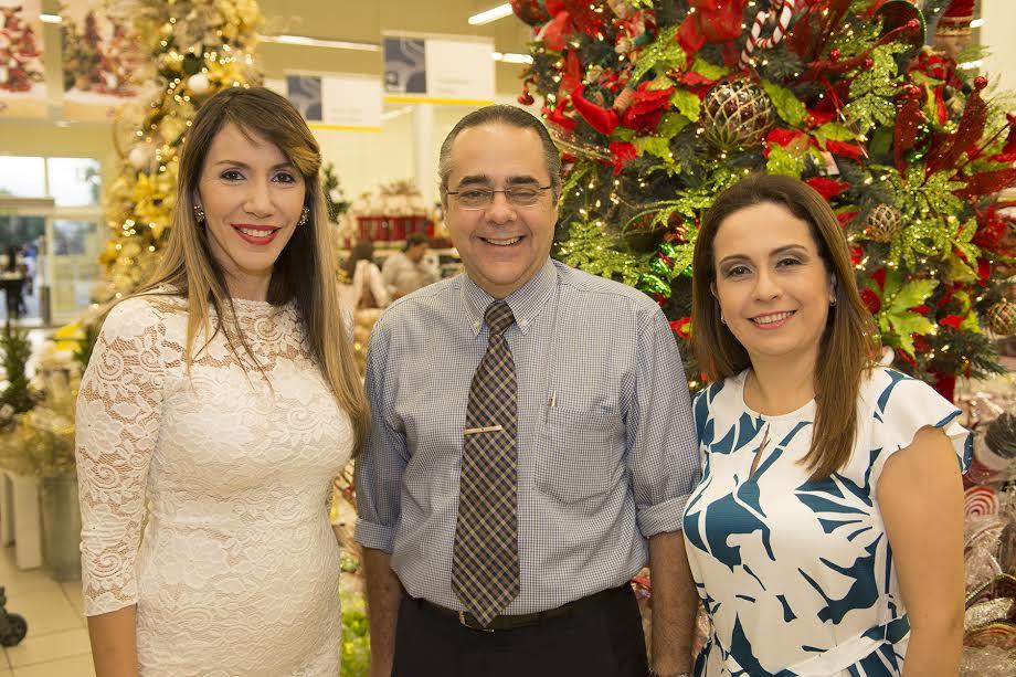 Yill Odreman, Eduardo Hilbrink y Silvia Salazar.