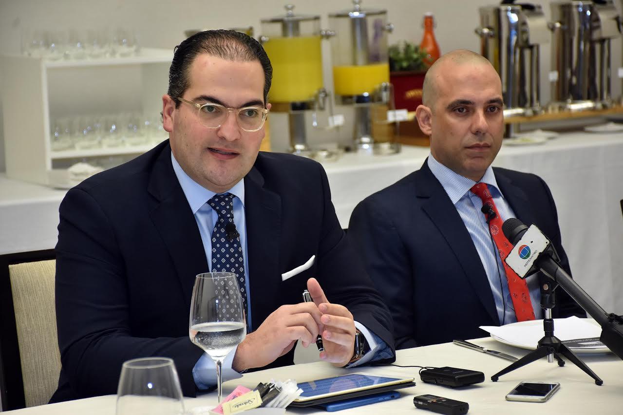 Nassim J. Alemany y Jose Yude Michelen