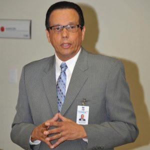 Antonio Peña Mirabal, director del Programa de Medicamentos Esenciales, Central de Apoyo Logístico (PROMESE/CAL)